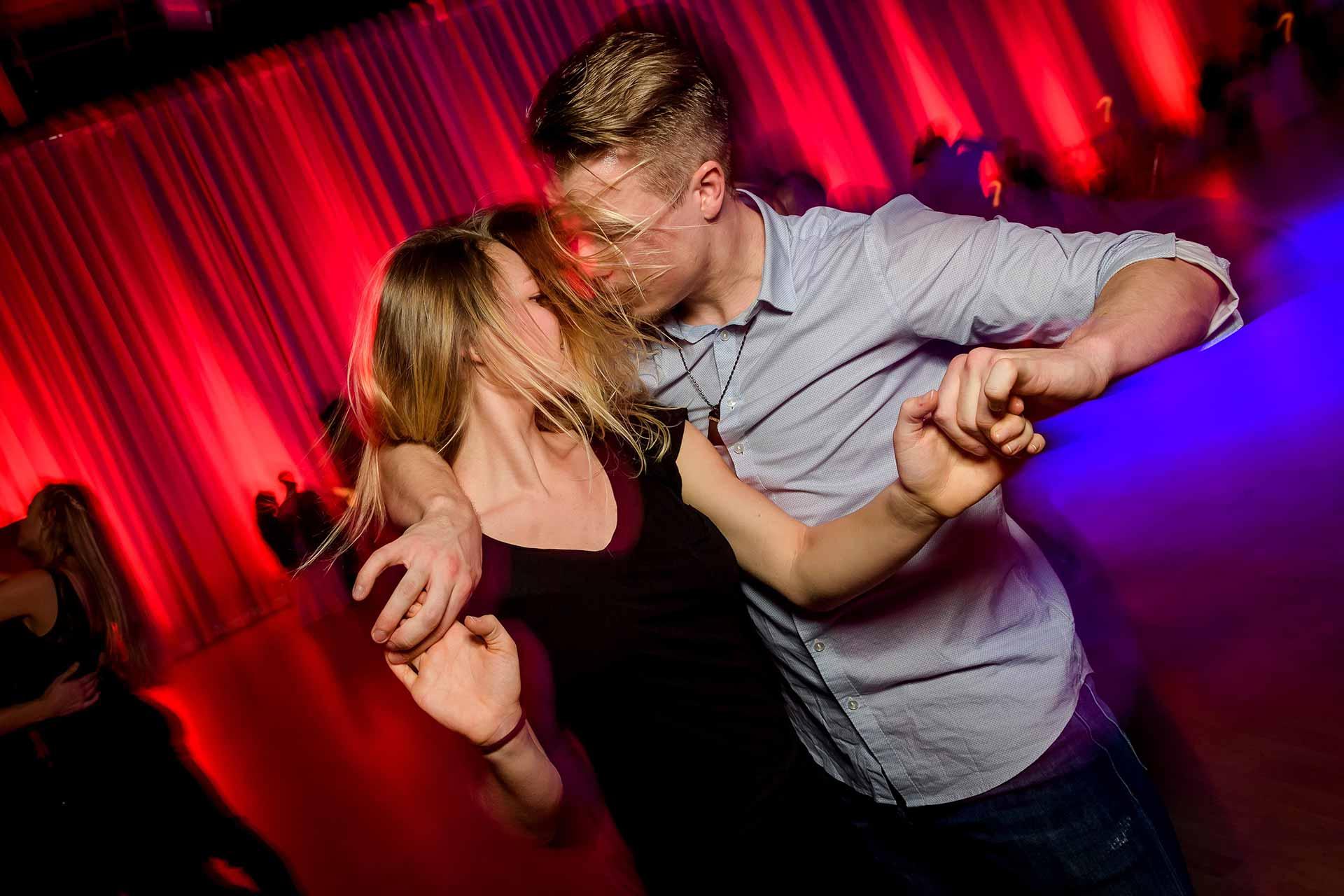 Swing-Dance-Dating-Ort
